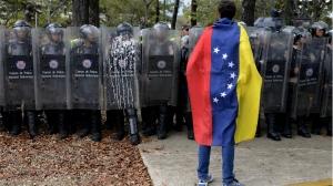 En Venezuela se usa excesivamente la fuerza contra estudiantes que reclaman respeto a la democracia
