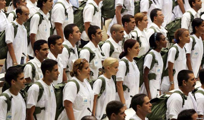 medicos-cubanos1